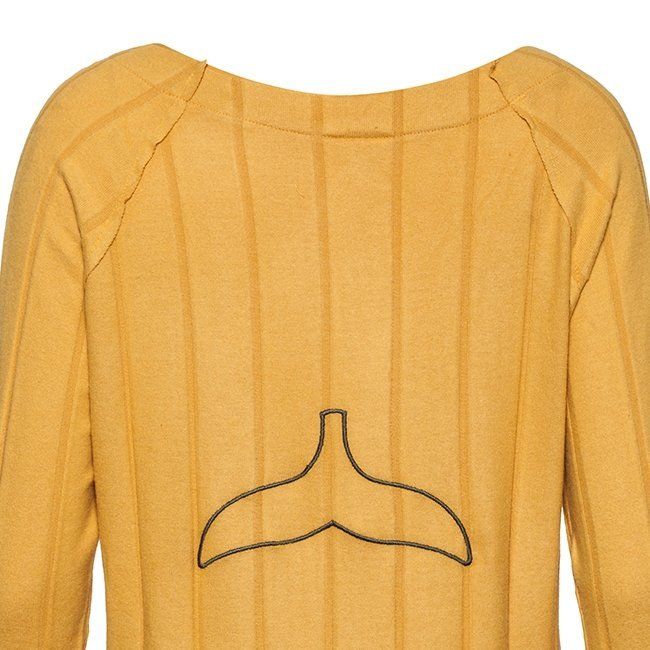 Women Whale Tail Sweater-3965