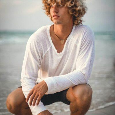 חולצת פשתן גבר לבנה