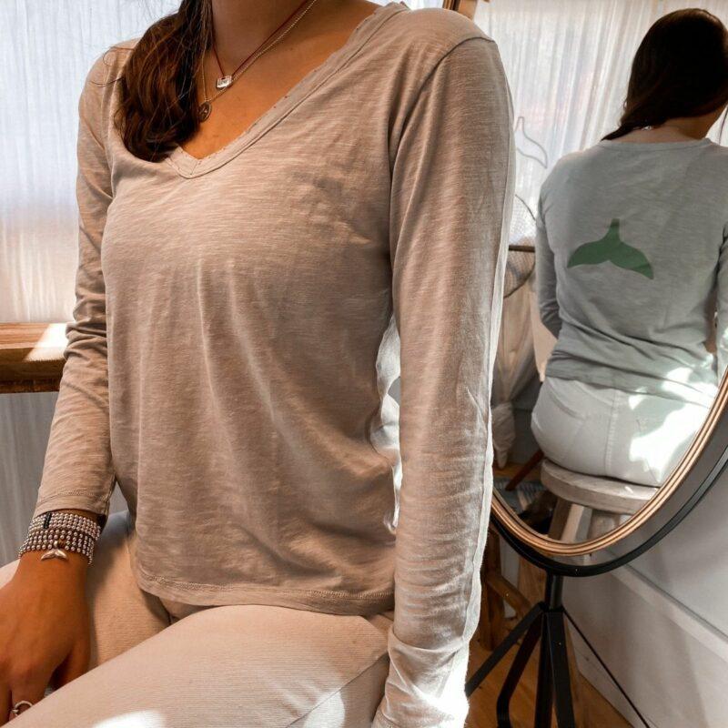 חולצת כותנה וי ארוך נשים